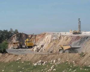 """Уклоњено 1,8 милона тона, а рудари ће августа настојати да """"прескоче"""" два милиона тона и што више се приближе планираној количини руде од 880.000 тона са 2.125 тона бакра у њој"""