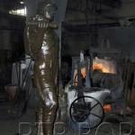 У Ливници лију трећу статуу рудара