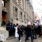 Око 250 басенских радника данас се прикључило протесту запослених у предузећима у реструктурирању у Београду